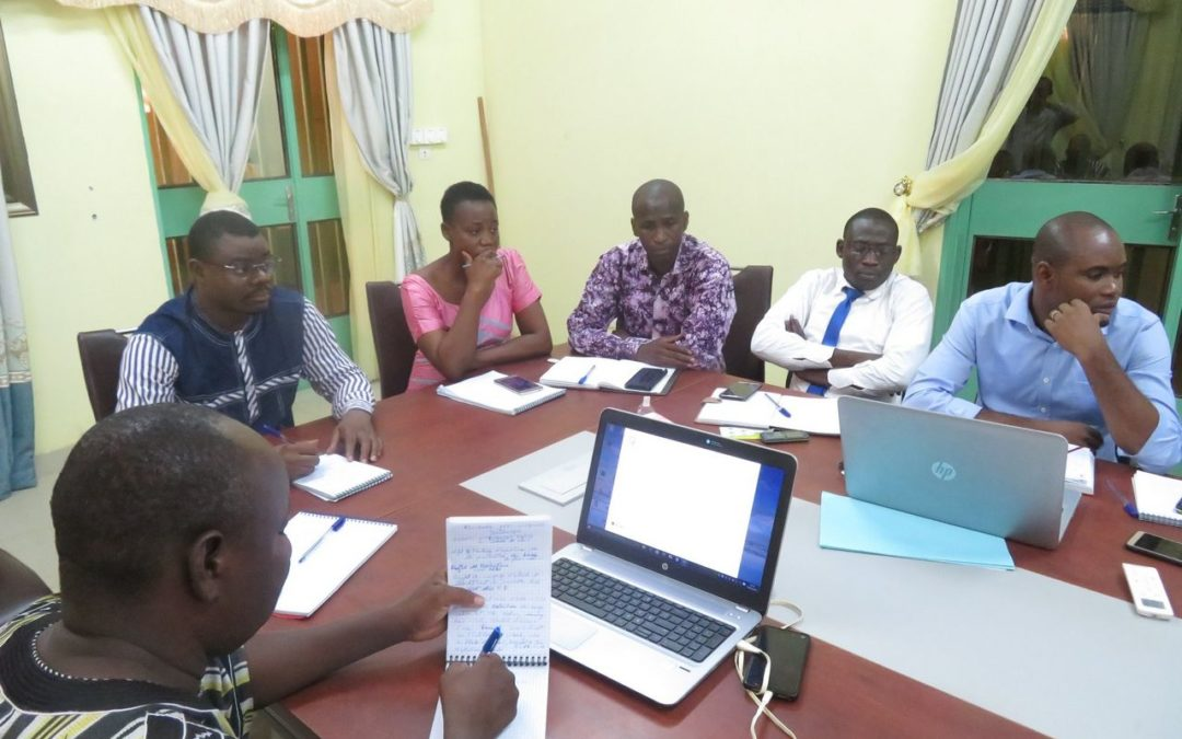 A delegation of the NGO OCADES / Dédougou that day May 4, 2019 in Ziniaré for a meeting of exchanges on the Protection of banks